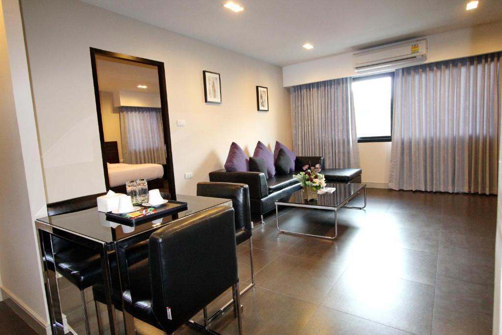 Отель 14 Residence, Бангкок
