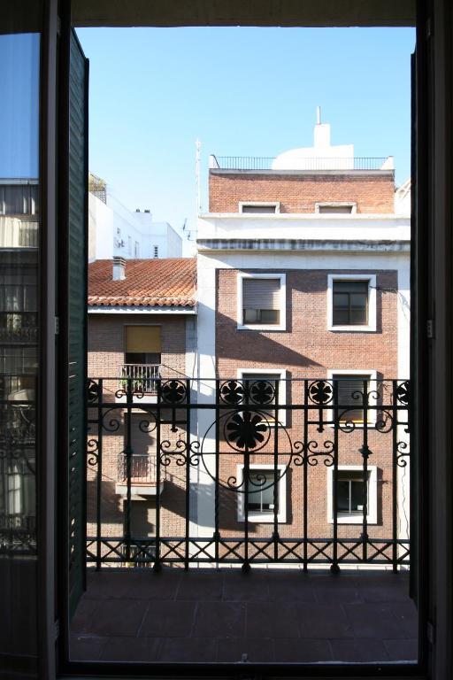 Hostal Casa Bueno, Мадрид