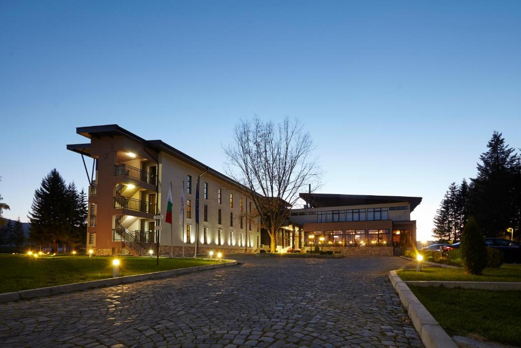 Spa Hotel Belchin Garden, Белчин, Болгария