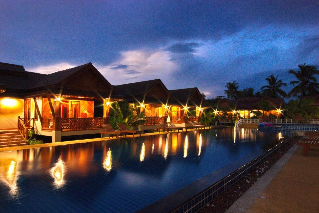 Курортный отель Sangsawan Palace Khaolak Resort, Кхаулак