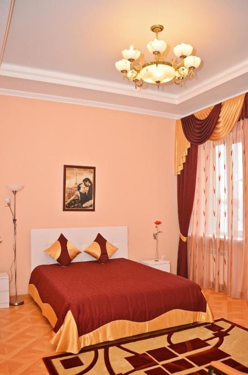 Отель Мира