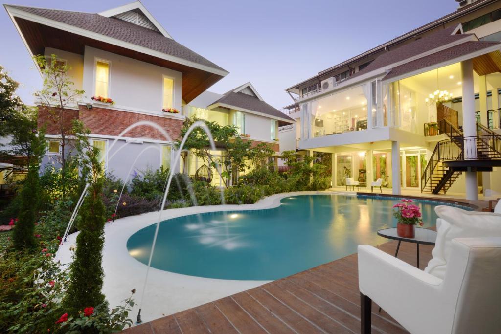 Апарт-отель Murraya Residence, Бангкок