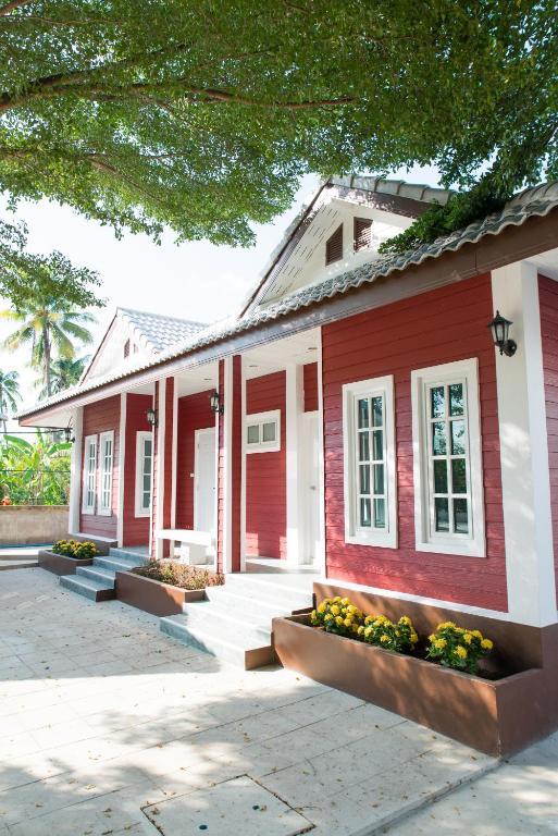 Курортный отель Baan Suan Resort Juree Punsuk, Супханбури