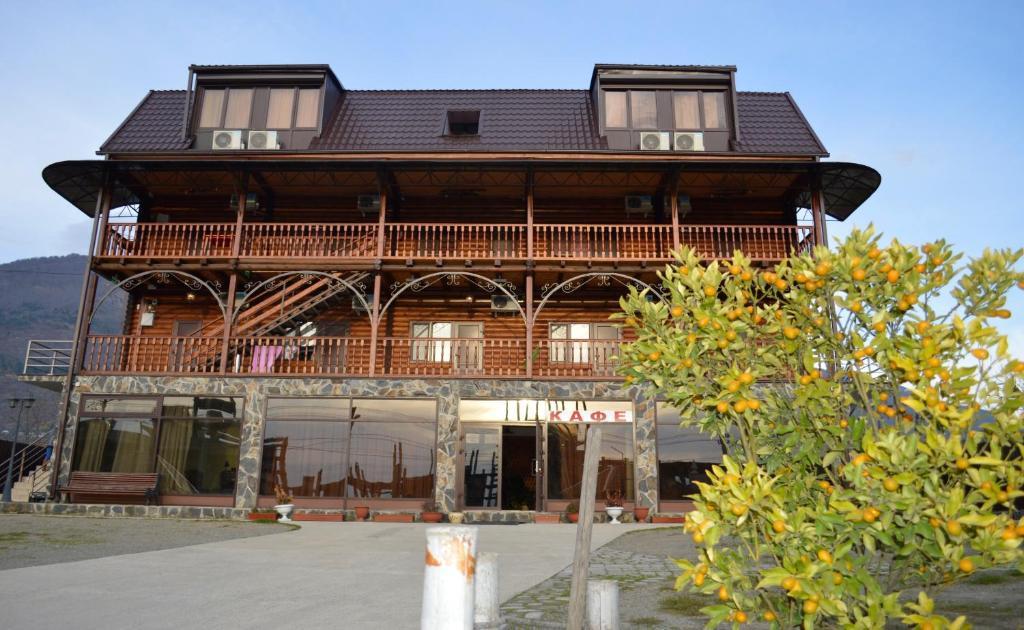 Гостевой дом Абхазская усадьба, Гагра, Абхазия