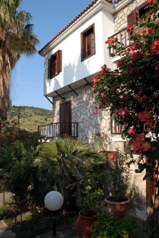 Апартаменты Islands Apartments, Петра