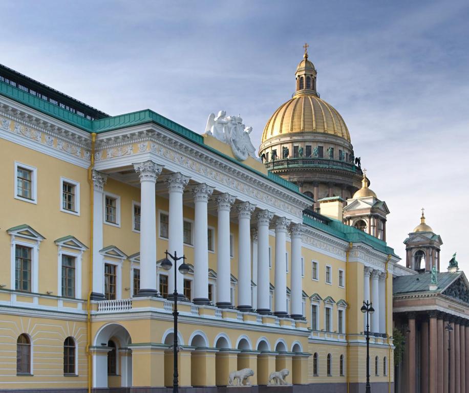 Отель Four Seasons Lion Palace, Санкт-Петербург
