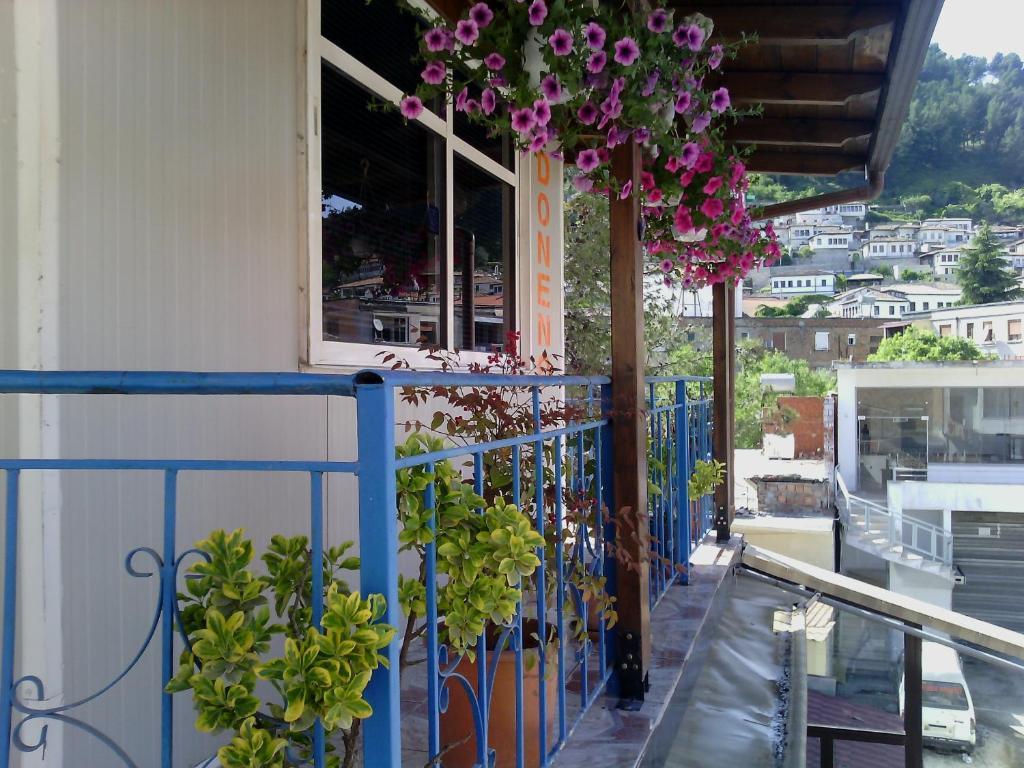 Guest House Donend, Берат, Албания