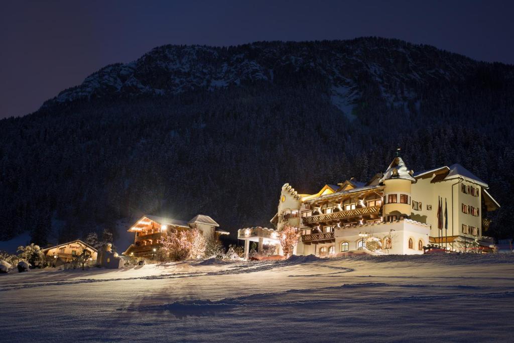 Hotel AlpenSchlössl, Бриксен-им-Тале, Австрия
