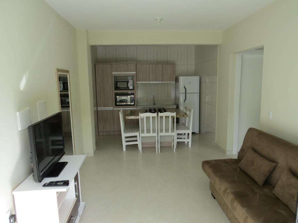 Апартаменты Residencial Maria Idia, Бомбиньяс