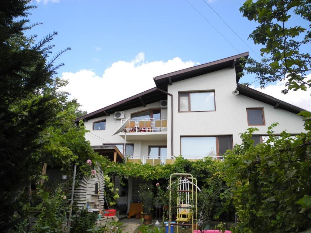 Guest House Gerry, Балчик, Болгария