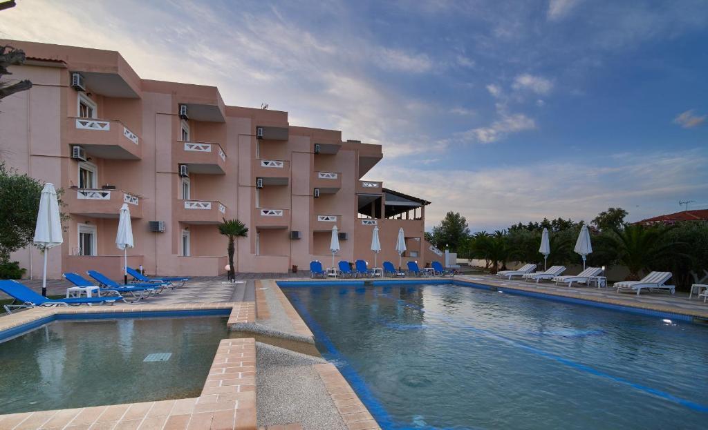 Отель Hotel Stefani, Сарти