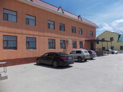 Отель Araj