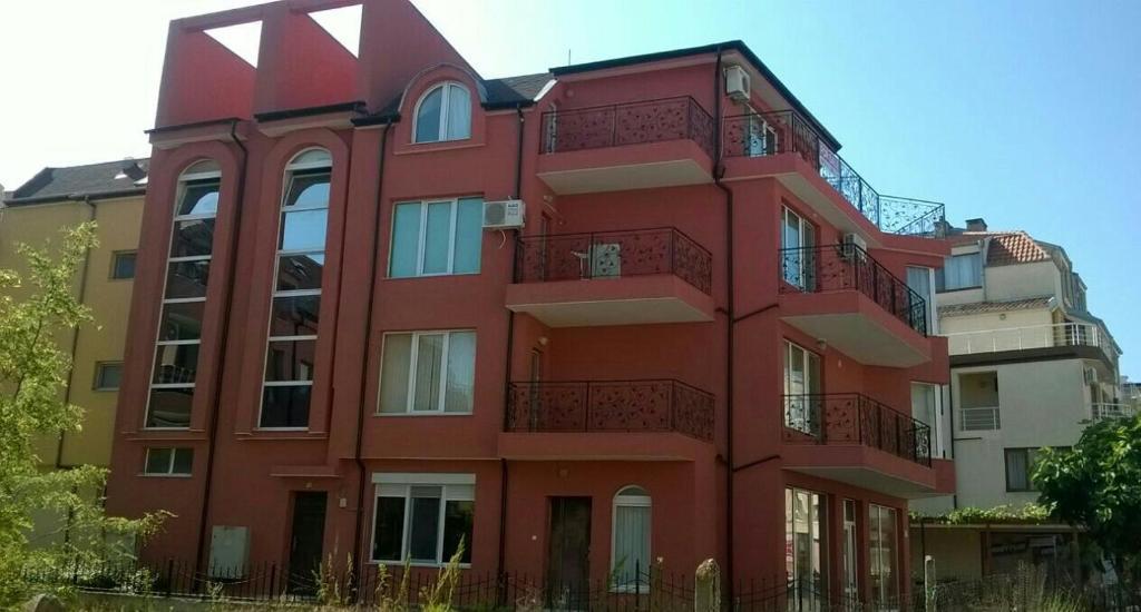Rai Apartment, Несебыр