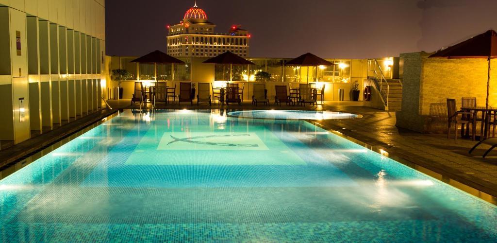 Ivory Grand Hotel Apartments, Дубай, ОАЭ