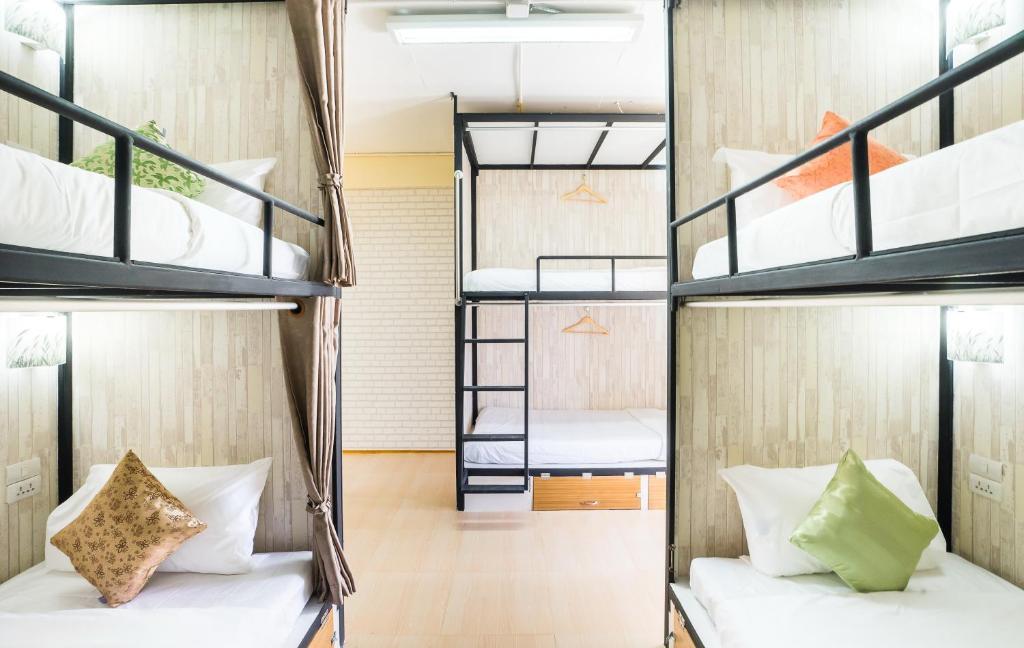 Hostel At Thonglor