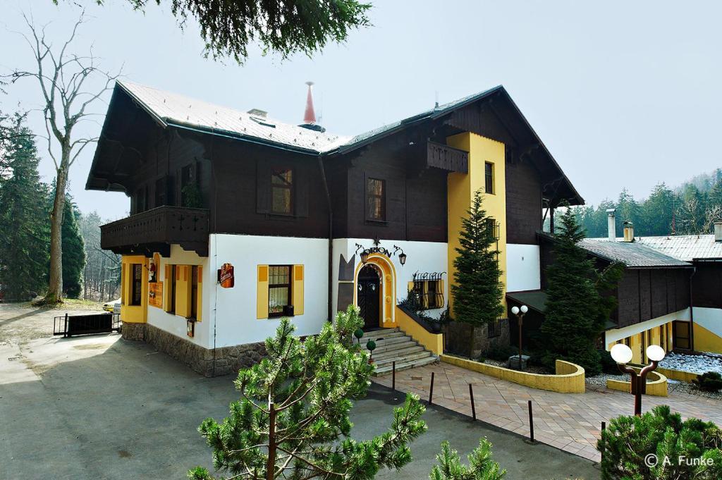 Отель Orion