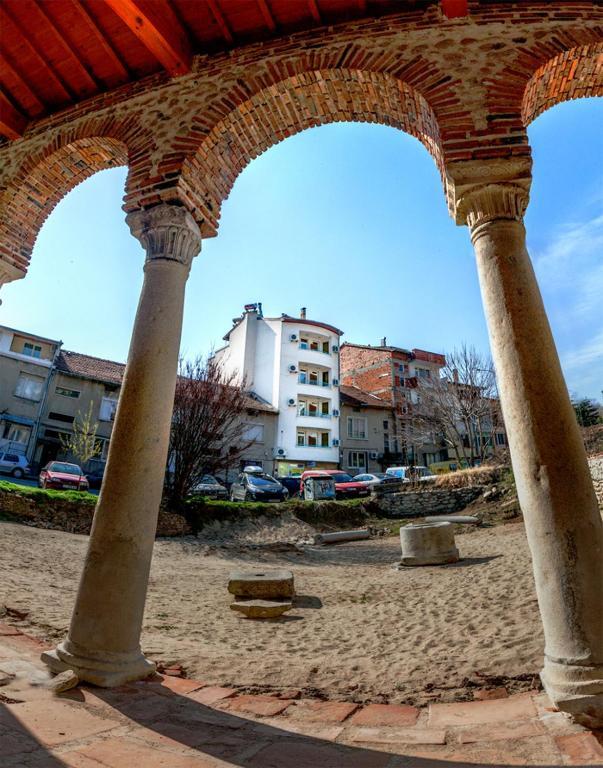 Hotel Balevurov, Сандански, Болгария
