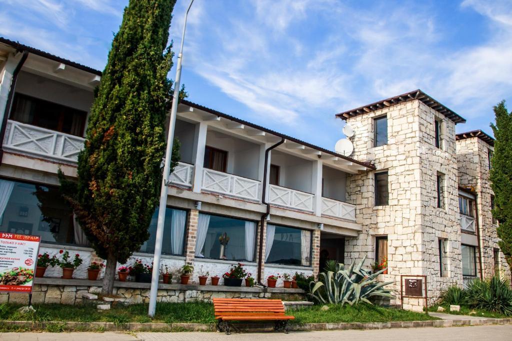 Отель Дэм, Сухум, Абхазия