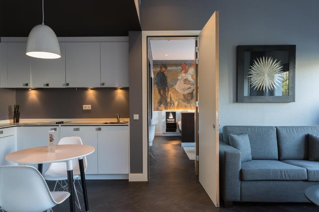 B-aparthotel Kennedy, Гаага, Нидерланды