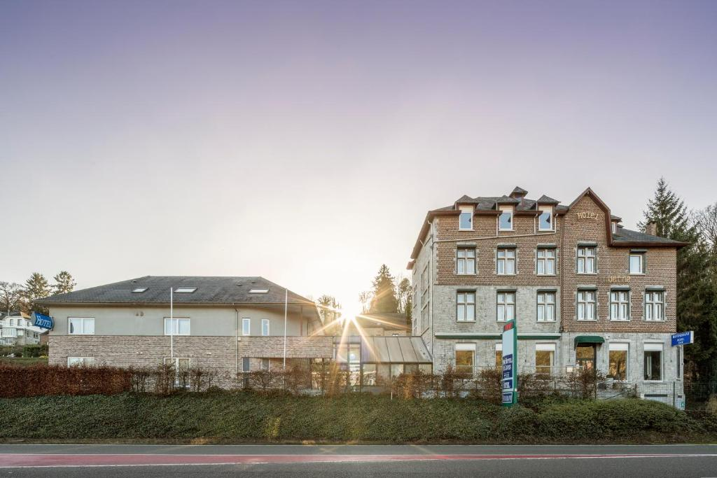 New Hotel de Lives, Намюр, Бельгия