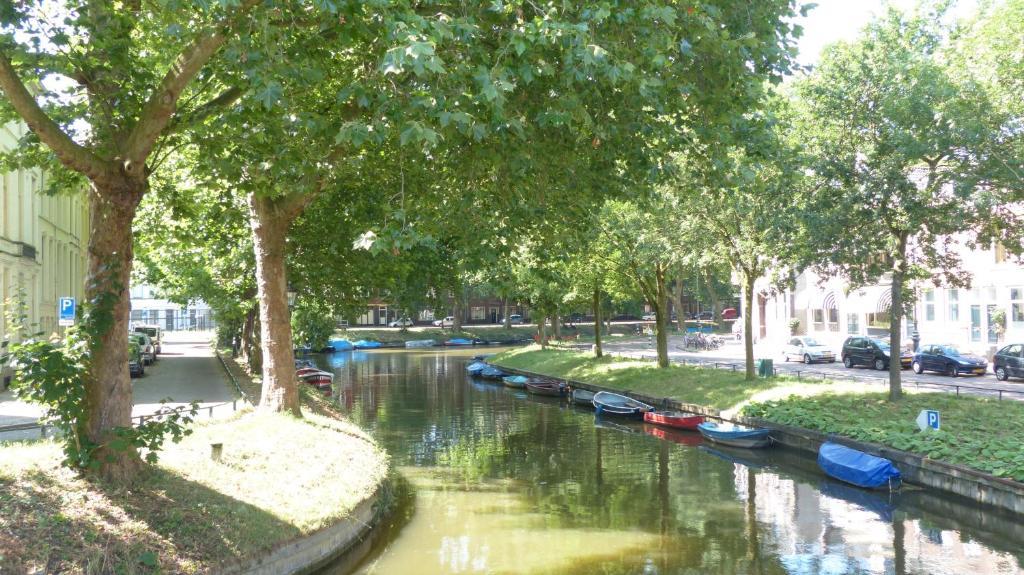 Bed & Breakfast -aan de Singel van Utrecht -, Утрехт, Нидерланды