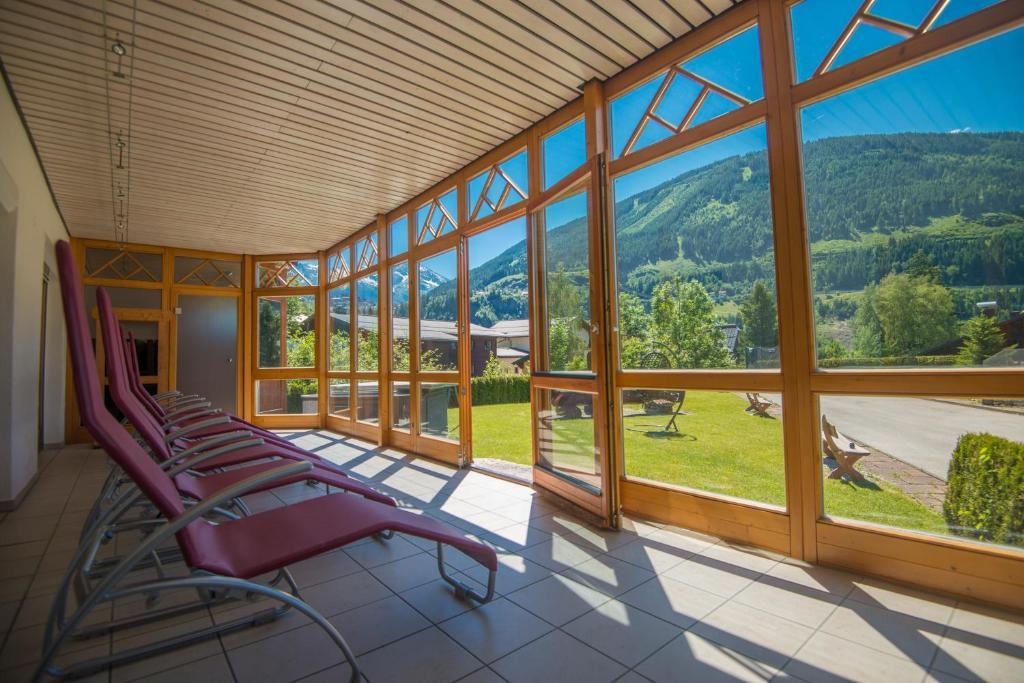 Ferienwohnungen Badbruckerweg 6, Бад-Гастайн, Австрия