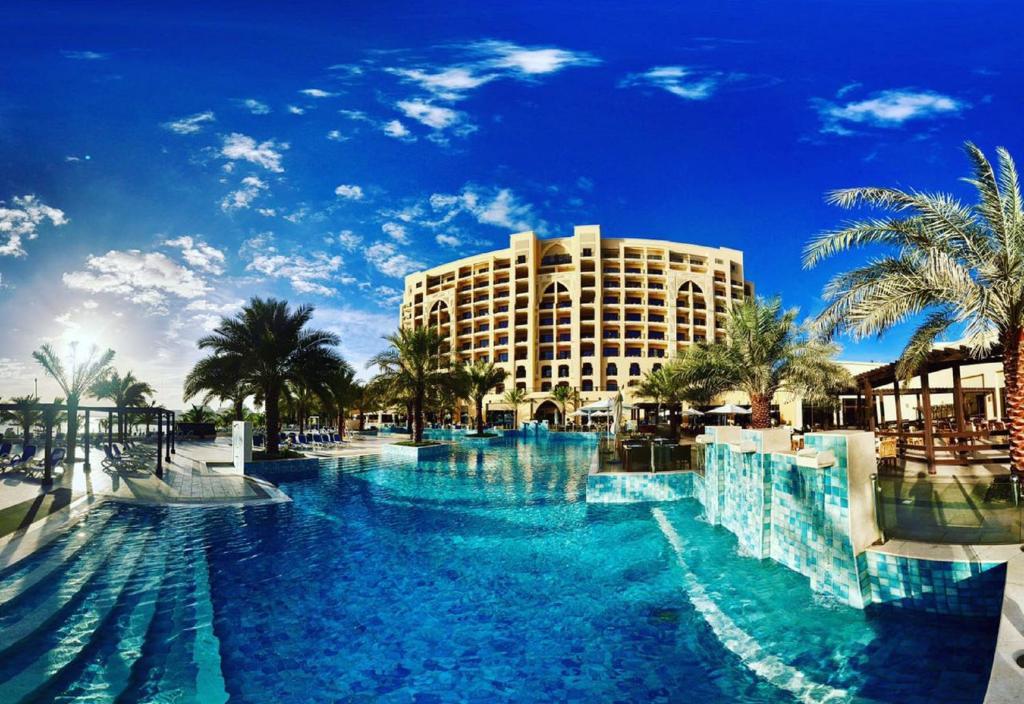 DoubleTree by Hilton Resort & Spa Marjan Island, Рас-эль-Хайма, ОАЭ