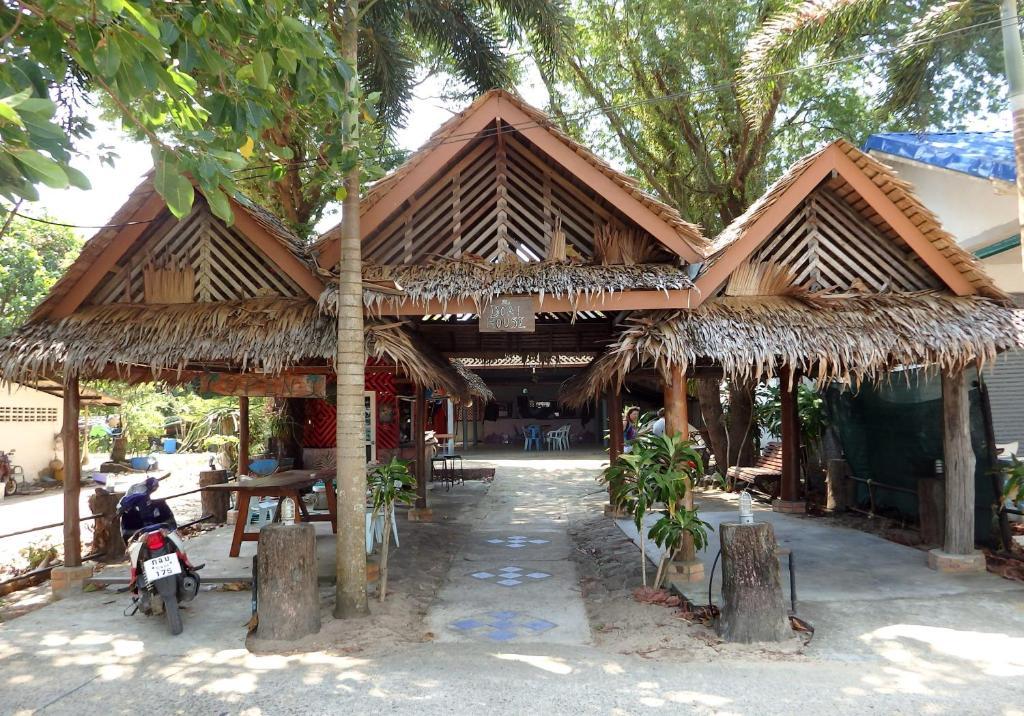 Гостевой дом Phayam Boat House, Ко Пхаям