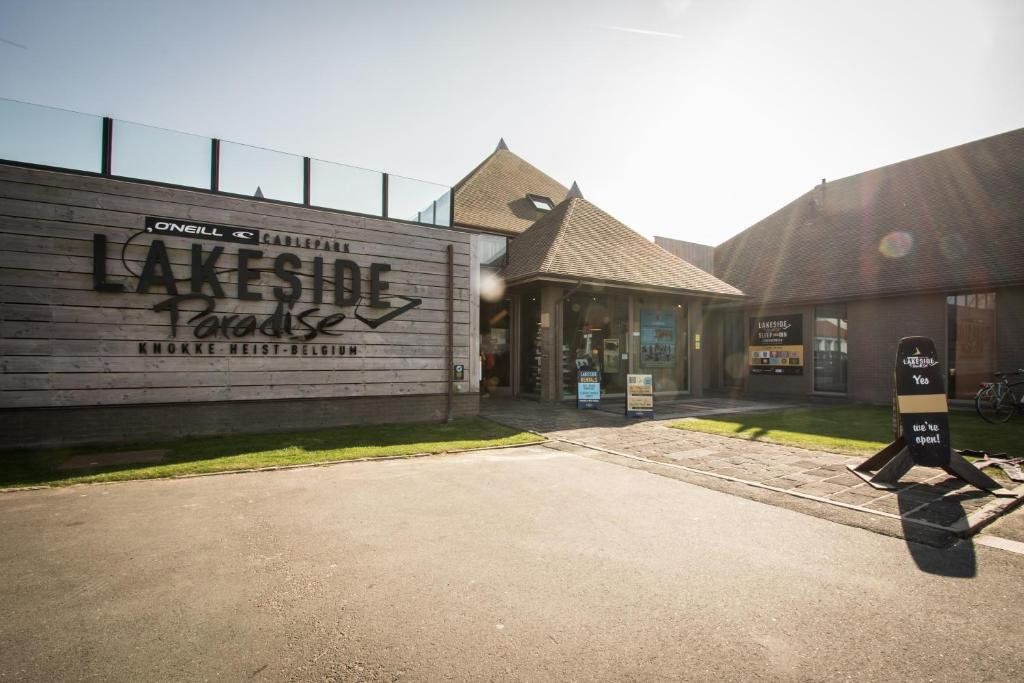Hostel Lakeside Paradise, Кнокке-Хейст, Бельгия