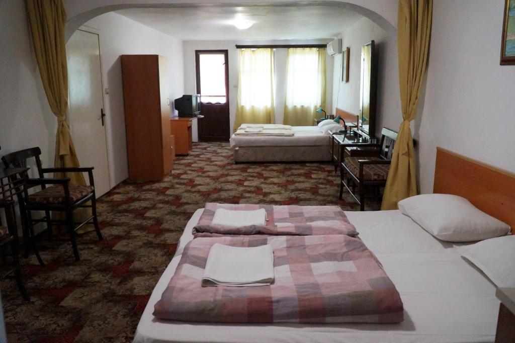 Guestrooms Roos, Велико-Тырново, Болгария