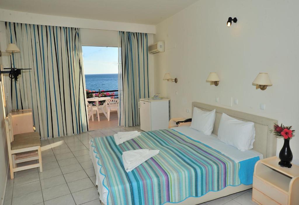 Апарт-отель Creta Mare Hotel, Плакиас