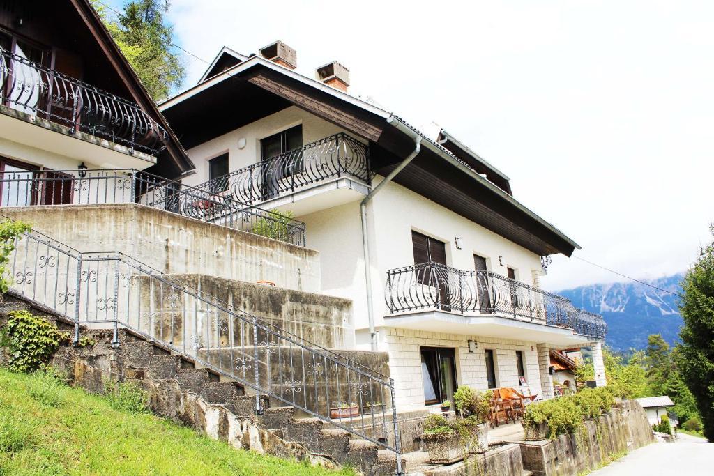 Viksi Bled Rooms & Apartments, Блед, Словения