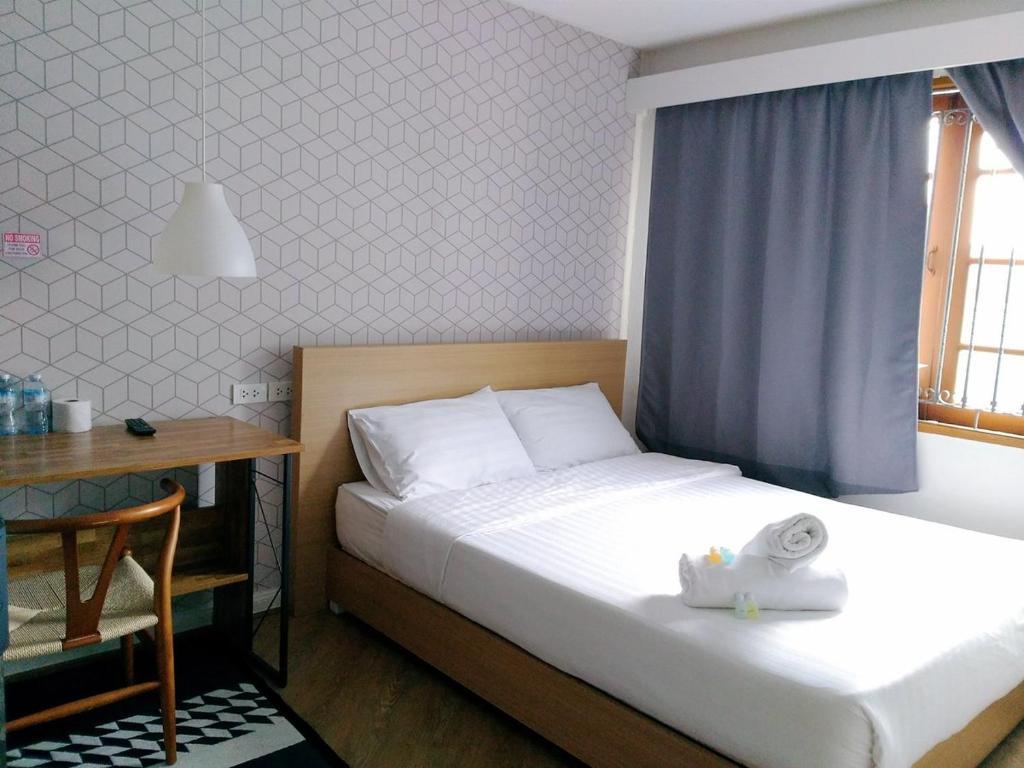 Отель Siamhubbiz Hostel, Бангкок