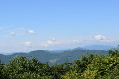 Southcrest Overlook by VCI Real Estate Services