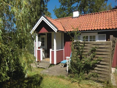 One-Bedroom Holiday Home in Farjestaden