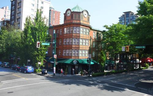 时代广场套房酒店