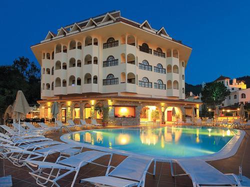 弗图纳海滩酒店