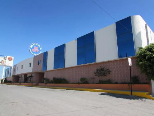 Motel Gran Vallarta (Solo Adultos)