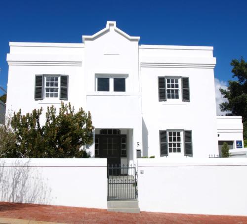 Anesta House