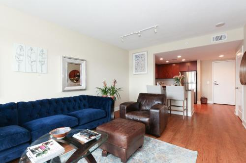 Luxury 2 Bed Apartment with Capitol View