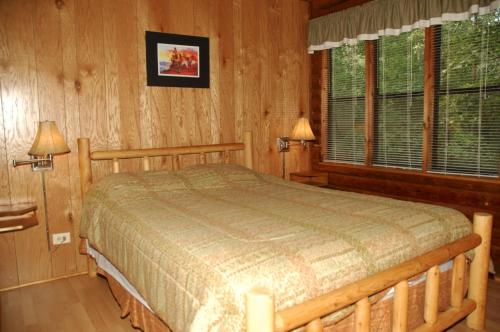 Carolina Landing Camping Resort Cabin 12