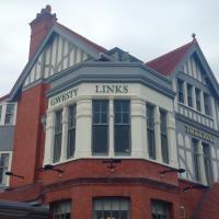 Gwesty Links