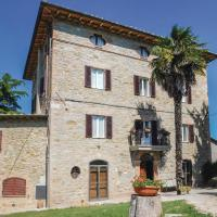 Five-Bedroom Holiday Home in Pilonico Materno -PG-