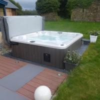 villa avec piscine et spa