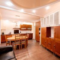 Апартаменты 3-х комнатные в центре Казани