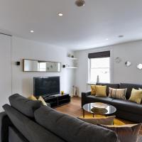 Large Modern Apartment in Baker Street, London